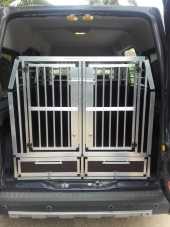 Hundebox Auto Ford Tourneo grand Connect