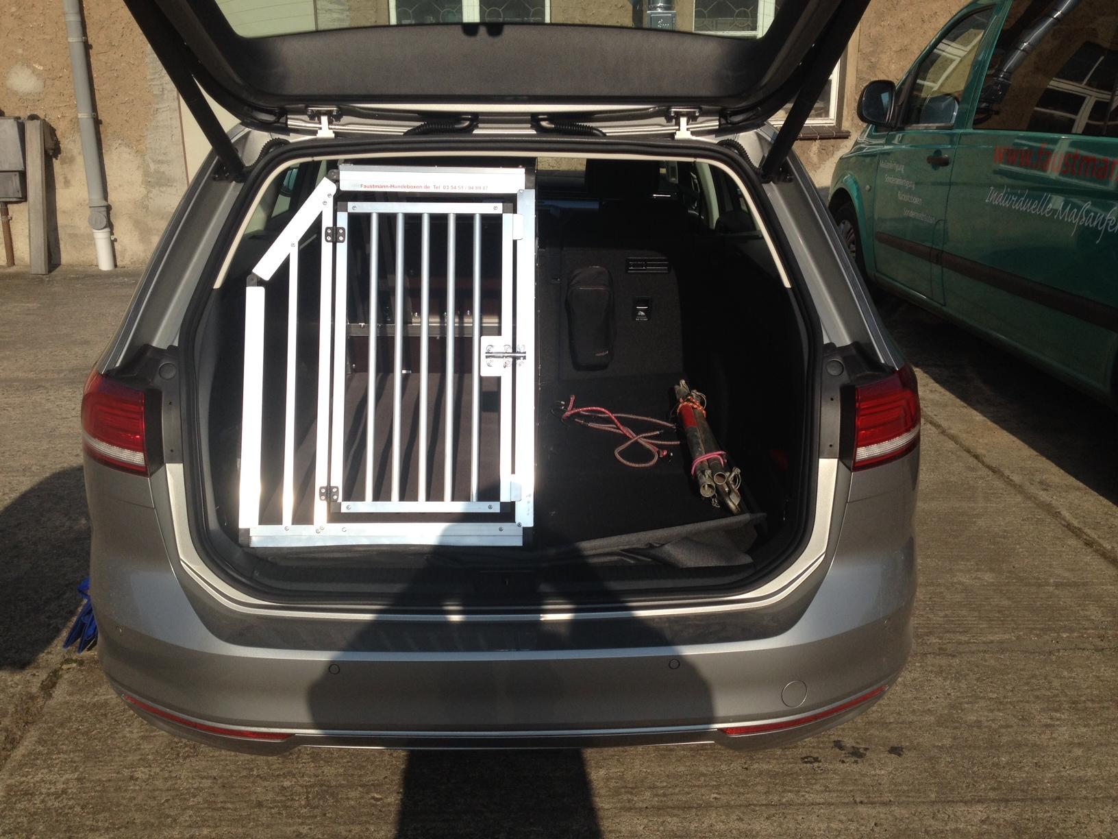 hundeboxen f r volkswagen faustmann hundeboxen. Black Bedroom Furniture Sets. Home Design Ideas